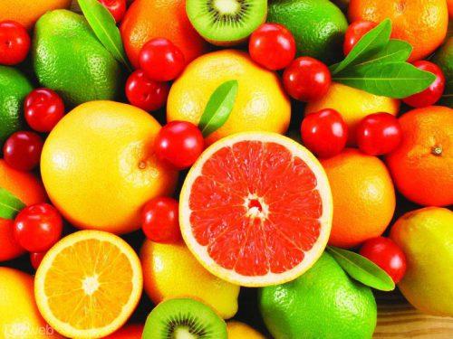 Cách lấy cao răng tại nhà bằng các loại trái cây giàu vitamin C.