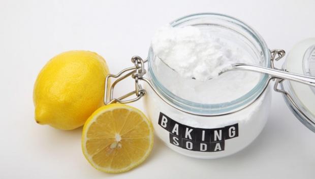 Lấy vôi răng bằng chanh và baking soda rất dễ thực hiện