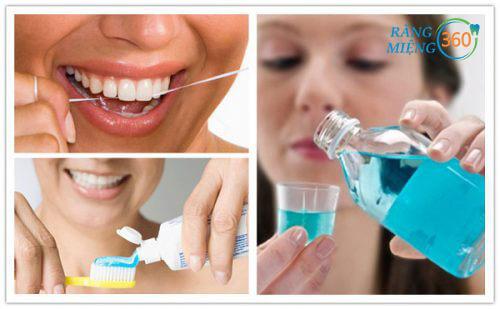 Vệ sinh răng miệng đúng cách để giảm tình trạng sâu răng hàm