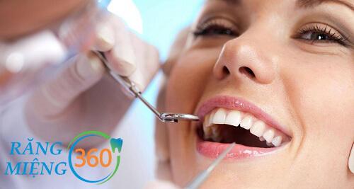 Cách đánh răng cho người niềng răng 1